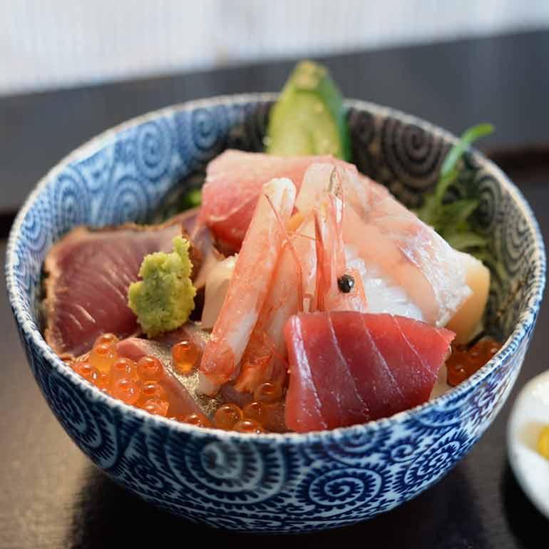 Seasonal Cuisine and Dining Place Hamanoya